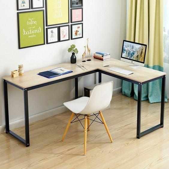 Thế nào là mẫu bàn làm việc đẹp và hiện đại